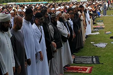 New Zealand: Christchurch Holds Public Call to Prayer at Site of Mosque Attack