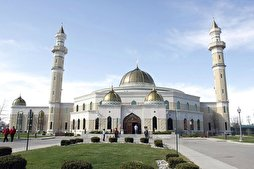 Muslims Invite Fellow Americans to Open Mosque Day